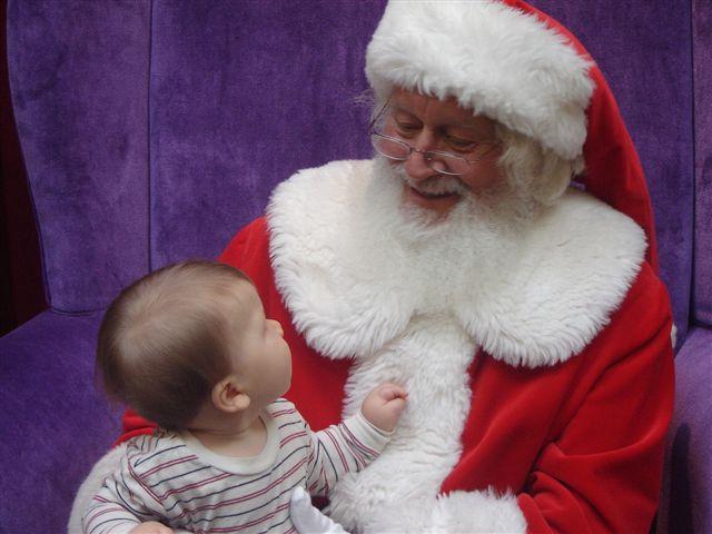 Early Santa 2004 005